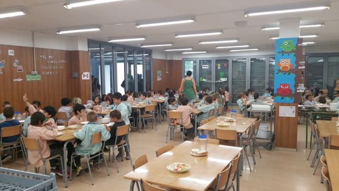 Preparen una ILP per impedir que les AMPAs perdin la gestió dels menjadors escolars