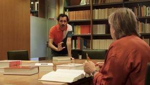 Guillem Alba es mostra molt respectuós amb la presidenta de la Secció Filològica