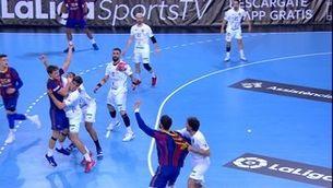 El Barça d'hanbol decideix el partit contra el Conca a la primera part (38-26)