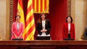 La presidenta i les dues vicepresidentes del Parlament