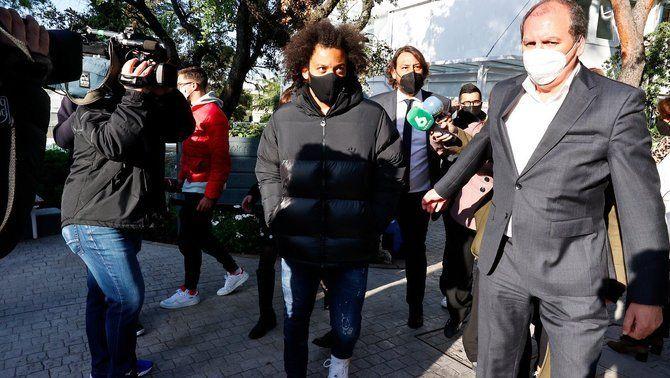 Marcelo es deslliura de la mesa electoral i viatja amb l'equip