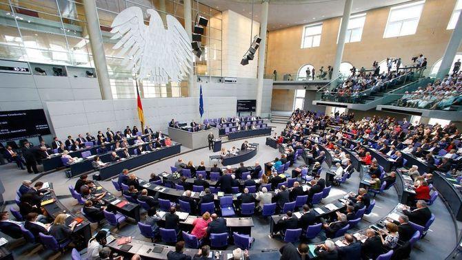 El Bundestag aprova el paquet d'ajudes a Grècia per valor de 86.000 milions d'euros