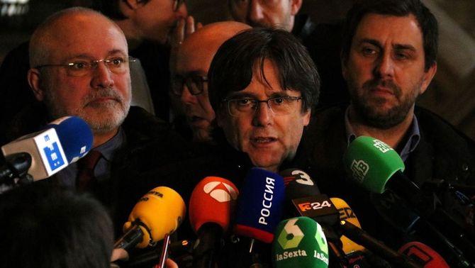 Puigdemont estudia accions legals contra Borrell per qüestionar la justícia belga