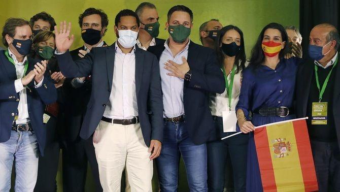 L'extrema dreta de Vox entra amb 11 diputats al Parlament de Catalunya