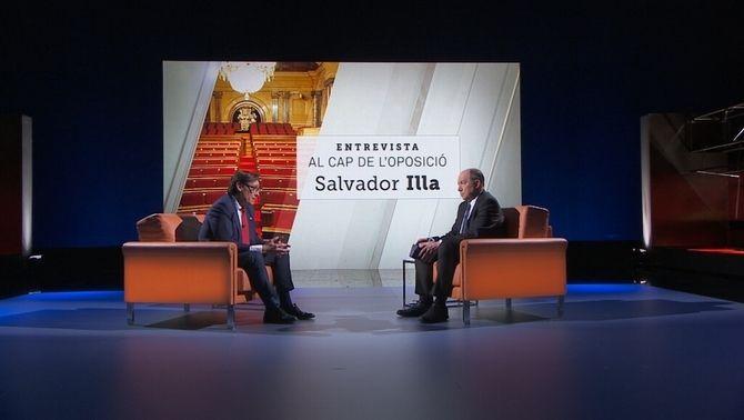 Salvador Illa i Vicent Sanchis, durant l'entrevista al cap de l'oposició