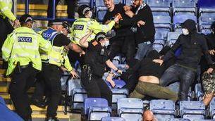 Nou detinguts en una baralla entre aficionats de Leicester i el Nàpols