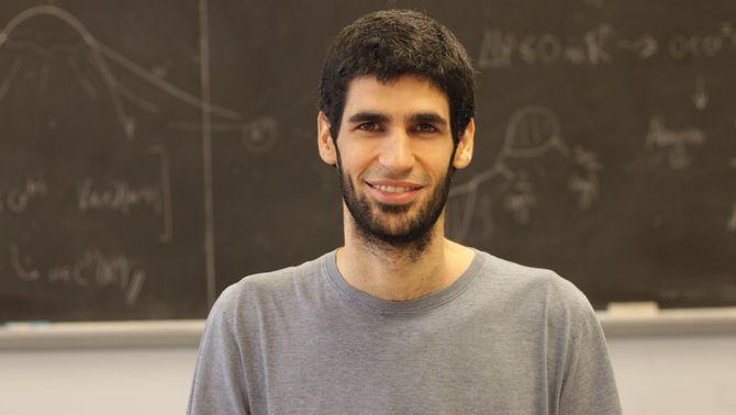 Pla tancat del matemàtic Xavier Ros-Oton, guanyador del premi FPdGi de Recerca Científica 2019. Imatge cedida a l'ACN el 27 de març de 2019 (Ho…