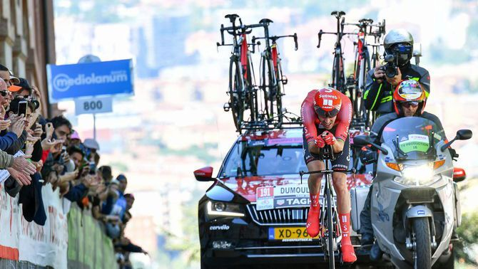 Tom Dumoulin abandona el Giro