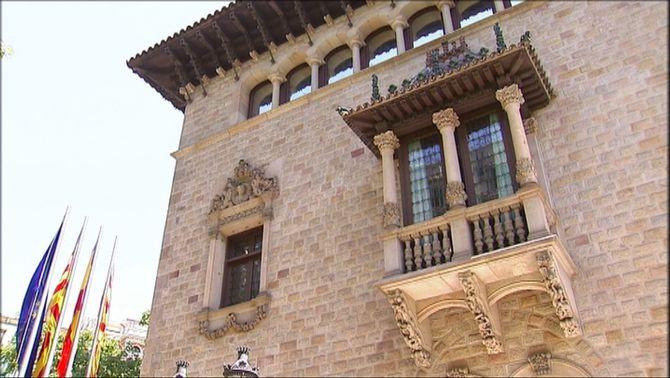 El PSC i JxCat arriben a un acord per governar la Diputació de Barcelona