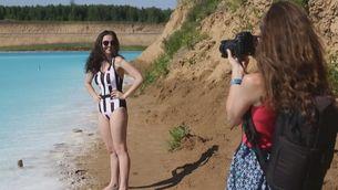 Vòmits i ronxes a la pell: Instagramers emmalaltits per fer-se fotos en llacs tòxics