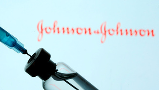 Un vial de la vacuna de Johnson&Johnson