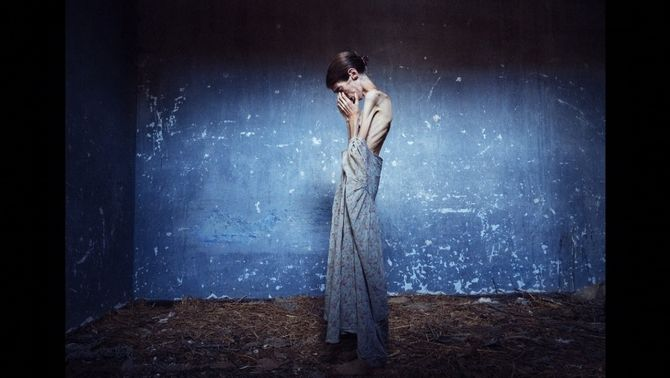 Les fotografies de Lene Marie Fossen descriuen un cos devastat per l'anorèxia