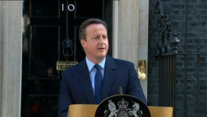 Cameron anuncia que deixarà el càrrec de primer ministre abans de l'octubre