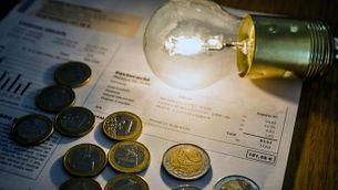 Com entendre la factura de la llum i estalviar: impostos, peatges i potència concentrada