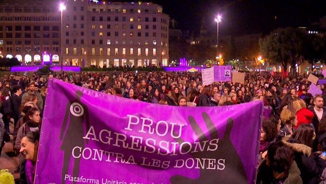 """Crida a l'""""autoorganizació feminista"""" contra la violència masclista"""