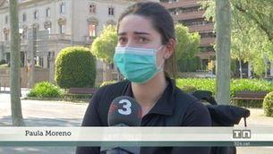 Els voluntaris reparteixen 100.000 mascaretes al transport públic