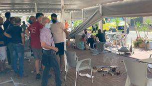 Dos morts després que un cotxe envaís la terrassa d'un bar a Múrcia