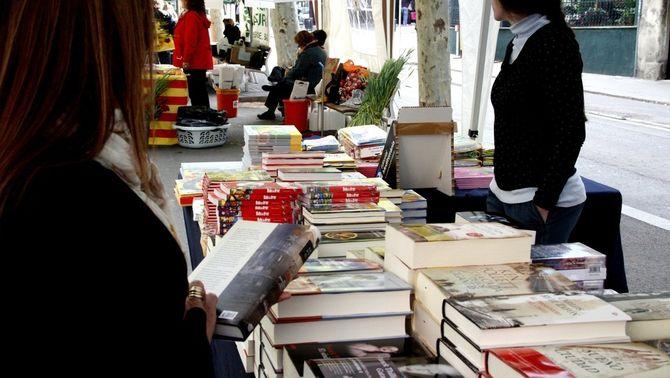 Més vendes de llibres i roses per aquest Sant Jordi