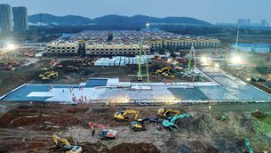 Els dos hospitals construïts a la Xina en deu dies, a punt la setmana vinent