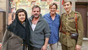 Els protagonistes de l'escena del rodatge, amb el director, Jordi Roigé