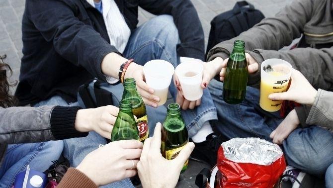 Més control per evitar la venda d'alcohol a menors o fora d'hores
