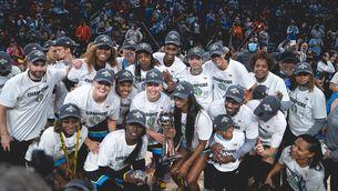 Les Chicago Sky guanyen per primera vegada la WNBA