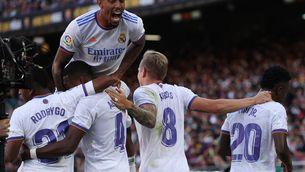 El Madrid assalta el Camp Nou (1-2)