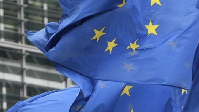 """L'eurocambra reclama repartir de forma """"justa"""" entre administracions els esforços pel dèficit"""