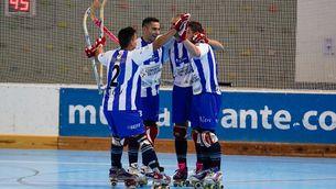 Els jugadors de l'Alcoi celebren un gol en una imatge d'arxiu. (Foto: fep.es)