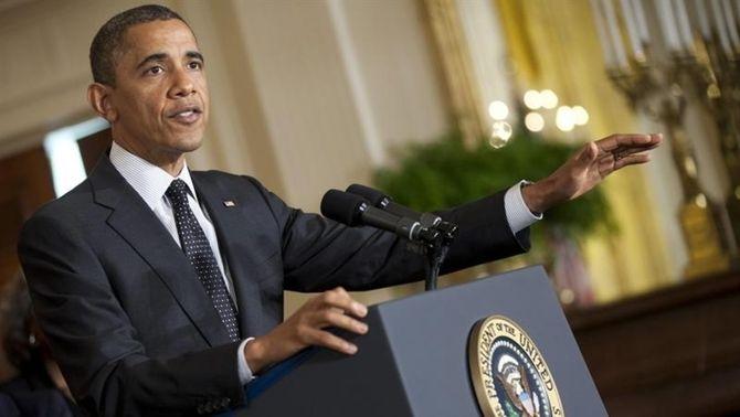 Obama insta als partits a negociar un acord per evitar pujar els impostos a tothom