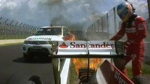 Alonso apagant el motor del seu Ferrari