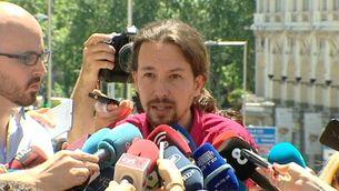 Iglesias i Rajoy s'adrecen directament als votants de C's i PSOE