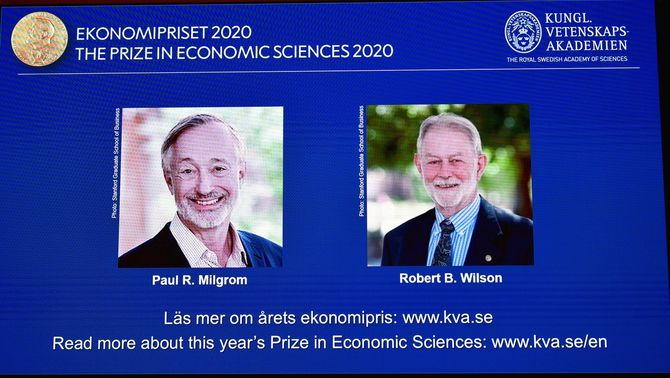 Milgrom i Wilson guanyen el Nobel d'Economia per la millora de la Teoria de Subhastes