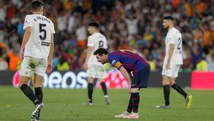 El València despulla el Barça en el primer temps i guanya la Copa (1-2)