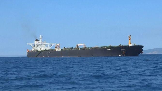 Xoc diplomàtic per un petroler iranià a Gibraltar que esquitxa Espanya