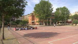 Els alumnes es poden treure la mascareta al pati si no es barregen grups bombolla