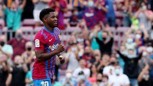 Ovació i gol en el retorn d'Ansu Fati amb el Barça