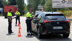 Control dels Mossos a la sortida Girona oest de l'AP-7