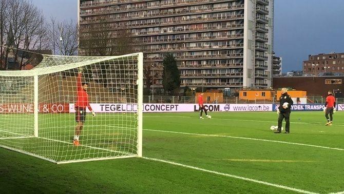 Valdés s'estrena amb l'Standard de Lieja com a titular en la victòria davant de l'OH Leuven (0-2)