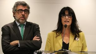 Advocat Jordi Pina i Pilar Calvo roda de premsa vaga de fam carta líder europeus