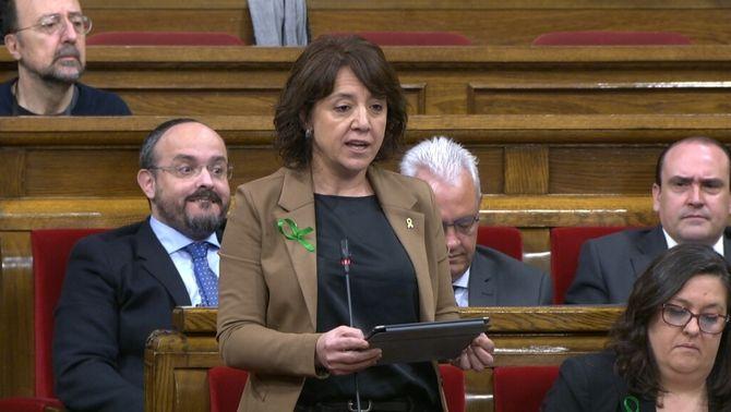 """""""Persones que no semblen catalanes"""": l'alcaldessa de Vic aixeca polèmica al Parlament"""