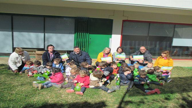 El Consell Comarcal del Pallars Jussà reparteix 3.000 cantimplores reutilitzables entre els escolars de la comarca