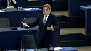L'Eurocambra tramita la suspensió d'immunitat de Puigdemont i Comin