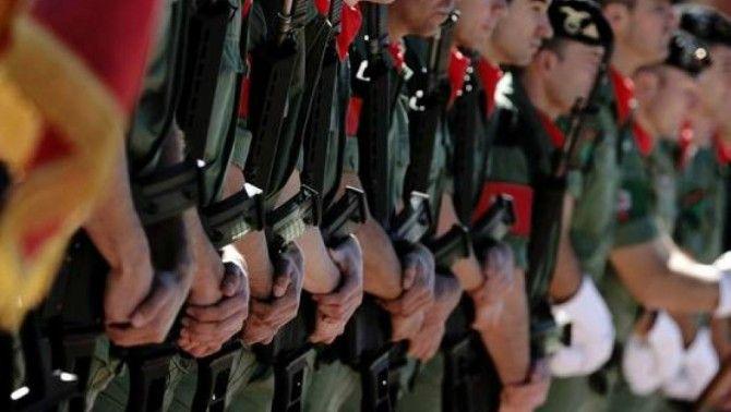 Quatre oficials de l'exèrcit en actiu, membres de grups neonazis de Múrcia