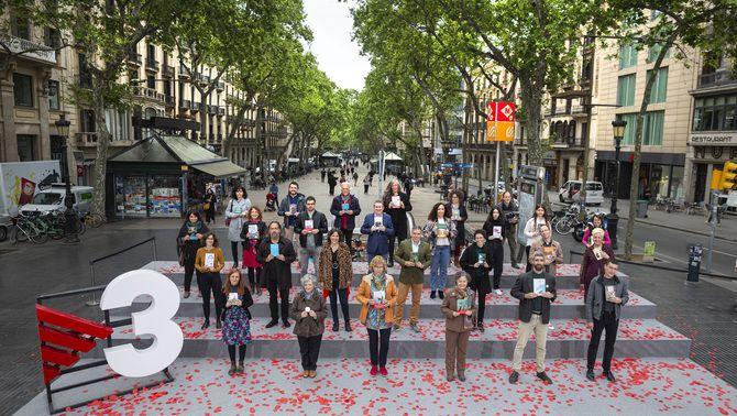 TV3 fa bategar la Rambla amb la foto de Sant Jordi