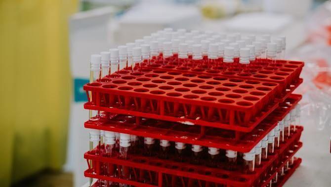 Els multimilionaris de la Covid: les farmacèutiques es fan d'or amb les vacunes