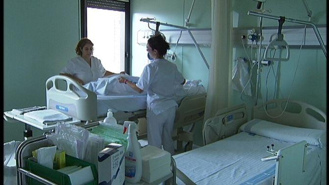 Els hospitals concertats augmenten l'oferta privada per compensar les retallades