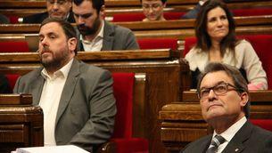 Oriol Junqueras i Artur Mas, durant una sessió del Parlament (ACN)