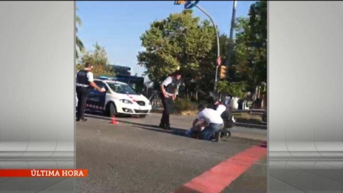 Mor el conductor que ha atropellat una agent dels Mossos d'Esquadra a la Diagonal