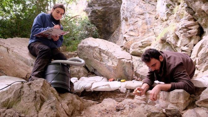 La Bauma dels Fadrins es revela com un jaciment clau dels últims caçadors prehistòrics